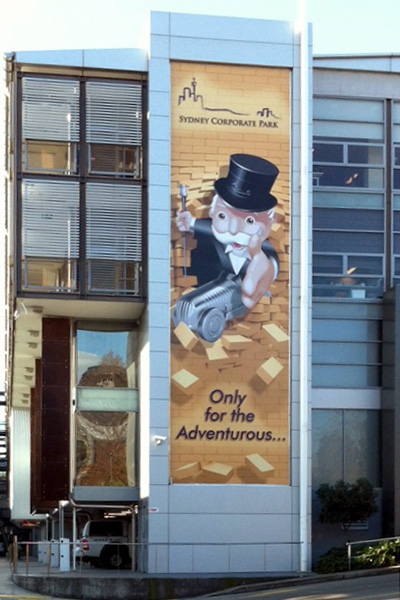 Outdoor wall banner
