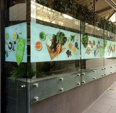 Glass graphics - salad shop