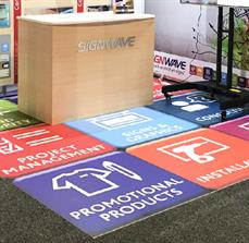 Graphic floor panels